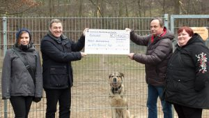 KDW Technical Help spendet 1000 € an das Tierheim in Neubrandenburg